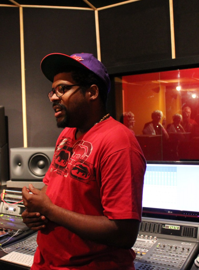 Anderson Sa of AR21 describes the recording studio and the music revolution of AfroReggae